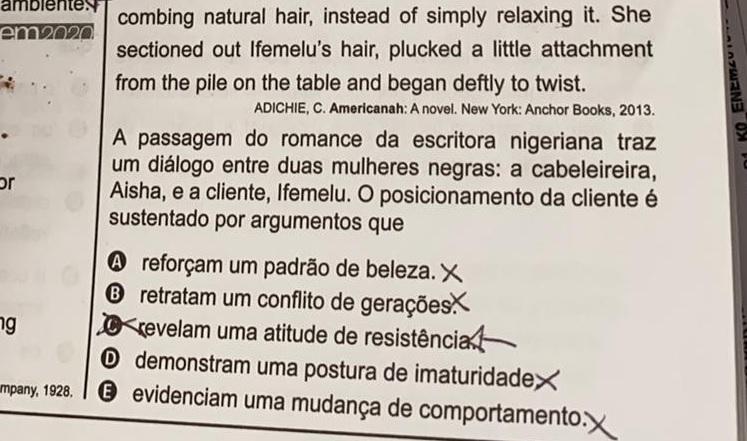 """Gabarito do Enem nega racismo e afirma ser """"imaturidade"""" mulher negra não  alisar o cabelo"""