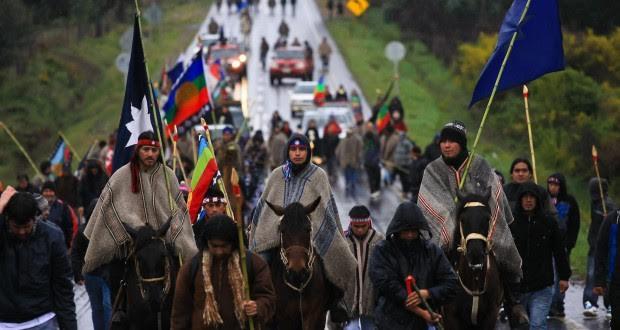 Resultado de imagem para manifestação mapuche
