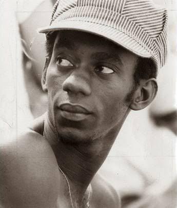 Morre o pérola negra: Uma poesia para Luiz Melodia