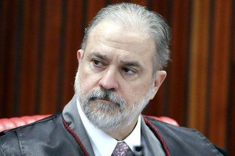 Augusto Aras é o PGR de Bolsonaro, o Ministério Público como campo de batalha dos autoritarismos