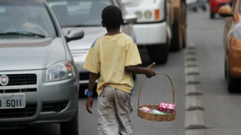 Dia das crianças: a cada 15 dias uma morre por trabalho infantil no Brasil de Bolsonaro