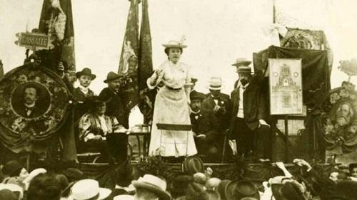Rosa Luxemburgo e a Revolução russa, algumas controvérsias