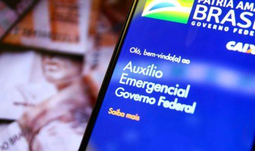 Maioria vai receber R$ 150 do novo auxílio, valor do jantar de um deputado em Brasília