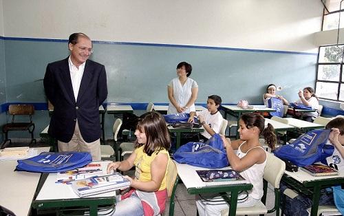 Alckmin privatizará todas as escolas da rede estadual, 61 já estão sendo negociadas