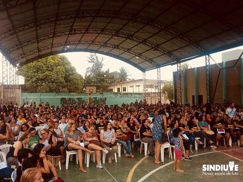 Professores municipais de Fortaleza entram em greve a partir do dia 18/04