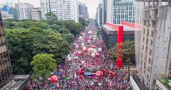 15M mostra força pra derrotar ataques construindo greve geral