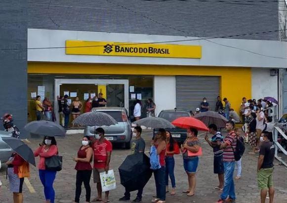 Em meio à pandemia, Banco do Brasil quer demitir 5 mil trabalhadores