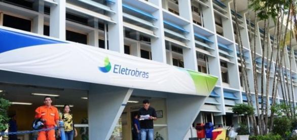 Eletrobras reabre prazo do plano de demissões querendo demitir ainda mais trabalhadores
