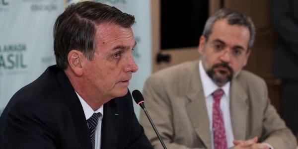 Bolsonaro ataca novamente educação com corte de 348 milhões