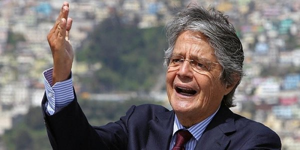 Banqueiro Guillermo Lasso, presidente de centro-direita do Equador, toma posse hoje