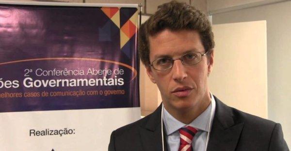 Ministro do Meio Ambiente de Bolsonaro defende mais agrotóxicos e relativiza desmatamento ilegal