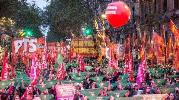 A crise nacional argentina e a declaração de uma Assembleia Constituinte