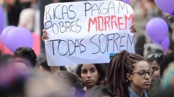 Quem são as que abortam? Os números que revelam a urgência de lutar pelo direito ao aborto no Brasil