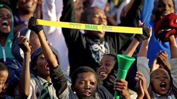 Identidade negra na copa do mundo: porque jamaicanos torcem para o Brasil