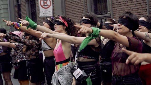 """Intervenção feminista """"Um estuprador em teu caminho"""" ocorrerá neste sábado em Porto Alegre"""