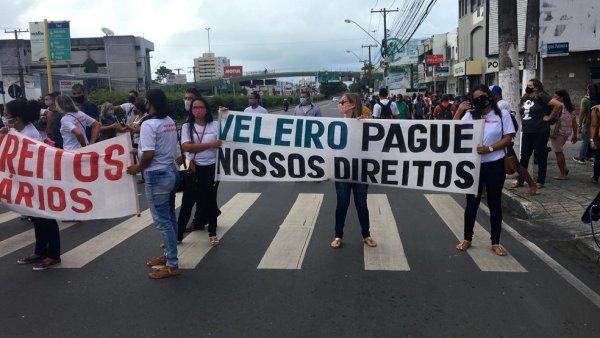 Rodoviários da Veleiro organizam ato em Alagoas pedindo o pagamento de salário atrasado
