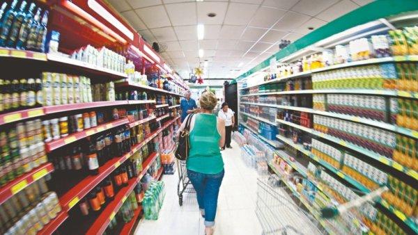 Com o aumento dos alimentos, querem que paguemos o custo da crise