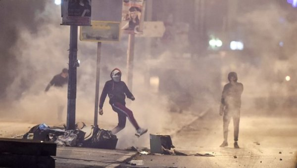Protestos explodem na Tunísia dez anos após o inicio da Primavera Árabe
