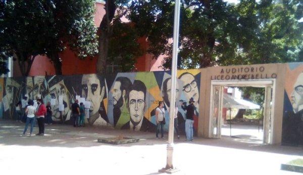 Participação escassa nas eleições parlamentares na Venezuela