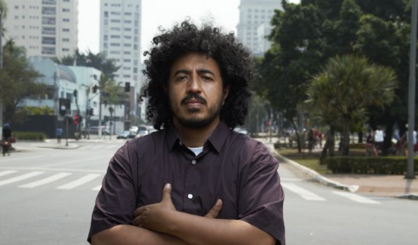 """""""Bolsonaro quer atacar salário de professores, mostrando desprezo pela educação"""", diz Pablito"""