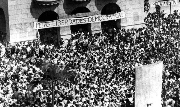 6 momentos que provaram a força do Movimento Estudantil