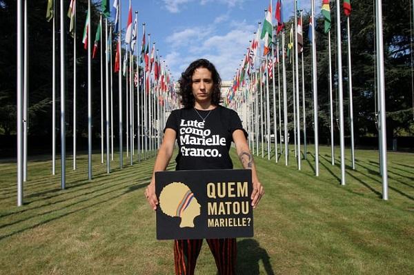 """Viúva de Marielle: """"sem respostas, autoridades brasileiras estão com mãos sujas de sangue"""""""