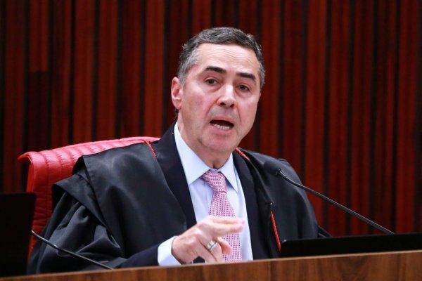 Barroso quer suspender ilegalmente a figura de Lula nas propagandas do PT