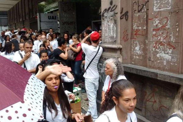Trabalhadores de MG mostram o caminho pra derrotar ataques de Bolsonaro