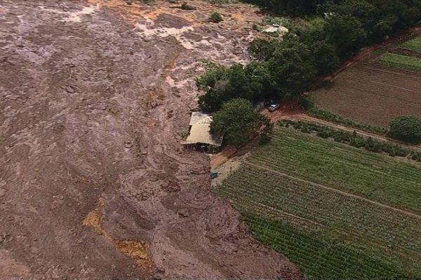 Sobem os números da ruptura da barragem da Vale: 9 mortes confirmadas e 413 desaparecidos