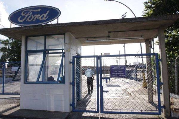 Fechamento da Ford: disputas interburguesas e ataque a um polo de organização sindical