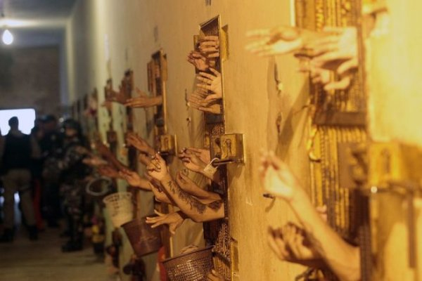 Morte de 42 presos no Amazonas reafirma a crise carcerária no Brasil