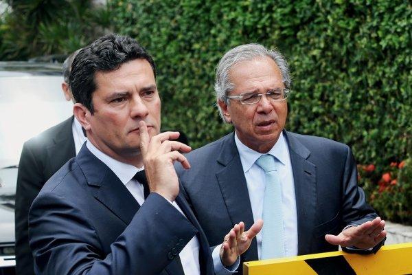 Moro e Bolsonaro aumentam o autoritarismo usando como desculpa supostos hackers