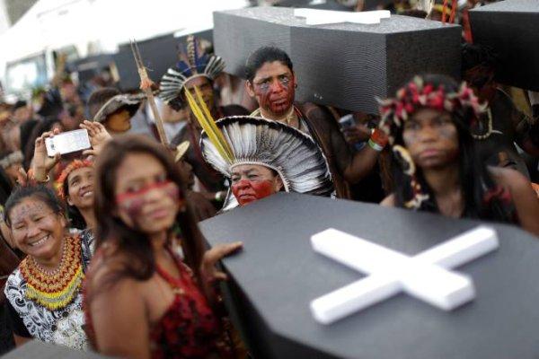 Câmara aprova lei que intensifica assassinatos de indígenas e quilombolas