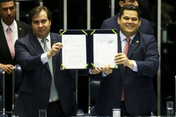 Congresso promulgou hoje a Reforma da Previdência, coroando a festa dos ricos