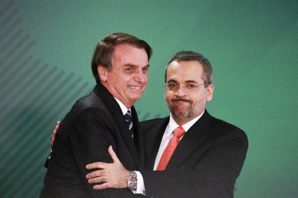Na surdina Bolsonaro impõe novas regras para eleição de reitores, atacando autonomia universitária