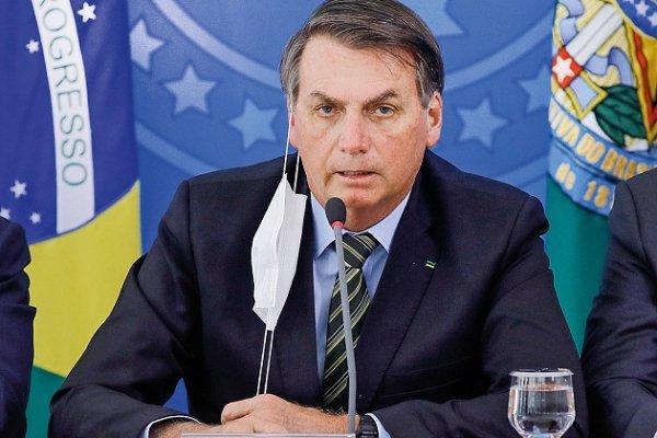 Bolsonaro testa positivo para coronavírus após tanto descaso e negacionismo