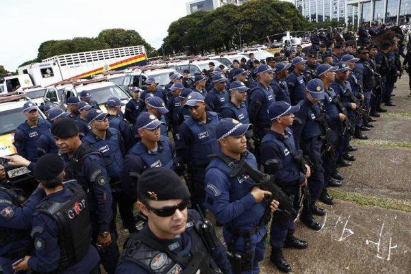 No meio da crise, desemprego e pandemia, Deputados aprovam aumento para policiais do DF