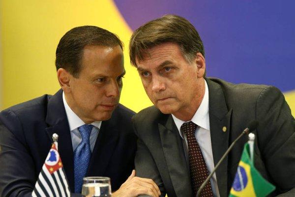Contra Bolsonaro e Doria, defendemos a vacina gratuita para todos que queiram