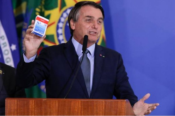 """Negacionismo: em vídeo, Bolsonaro diz que coronavírus é uma arma da """"guerra nuclear bacteriológica"""""""