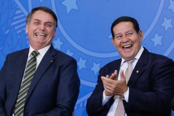 Mourão quer gastar R$ 14,5 mil em duas poltronas elétricas para residência oficial