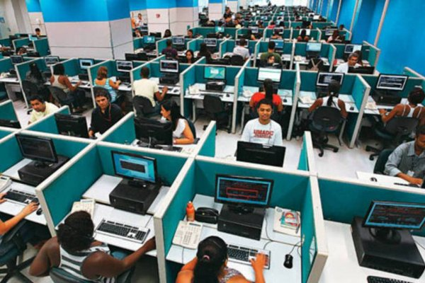 Call Center da LIQ atrasa salários e 13º, fazendo funcionários se endividarem