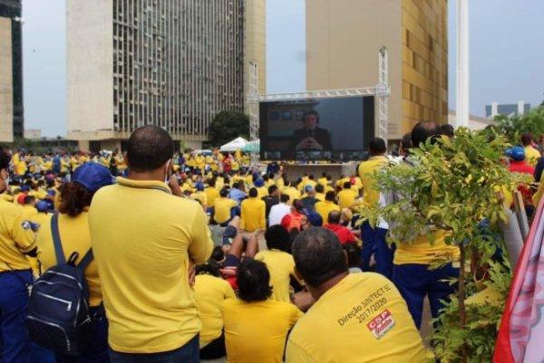 Após 35 dias, greve dos Correios chega ao fim mostrando sua força