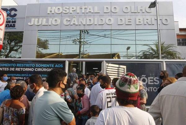 276 a espera de vaga para covid-19 no Rio: Crivella, Castro e Bolsonaro são responsáveis