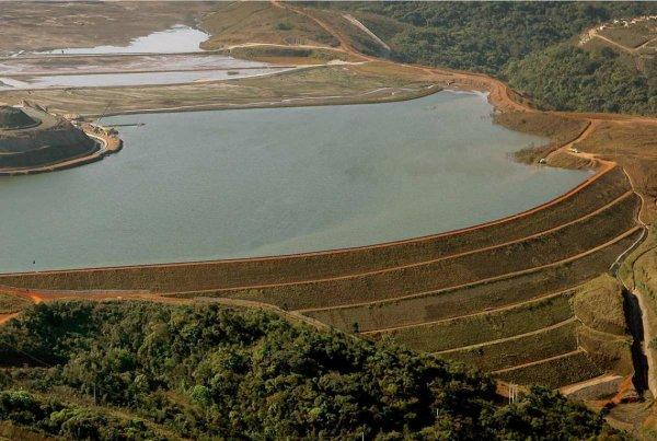Condições de barragens no Brasil expõem modelo de desenvolvimento econômico que prepara novas tragédias