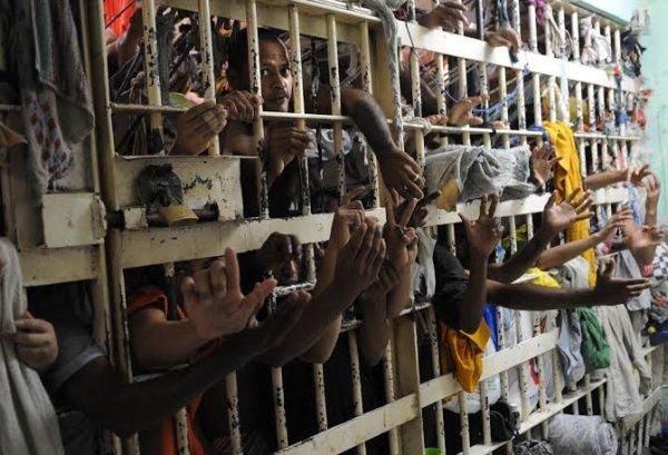 Exterminio, encarceramento...e tortura! Pesquisa mostra mais uma face da violência estatal