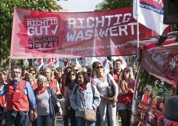 Alemanha: termina uma greve histórica, começa outra