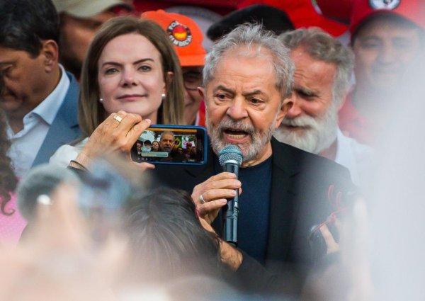 Discurso de Lula: entre violentas críticas à Lava Jato e amor conciliatório para outros setores