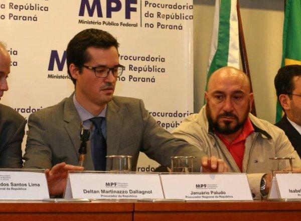Procuradores da Lava Jato teriam protegido doleiro antes de se voltarem contra a Petrobrás, diz MPF-PR