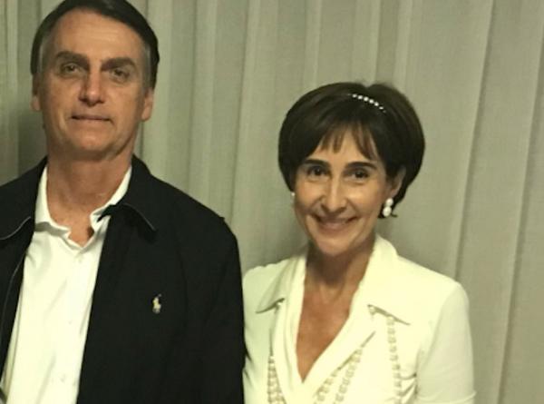 Socialite Viviane Senna tem reunião secreta com equipe de Bolsonaro para assumir MEC