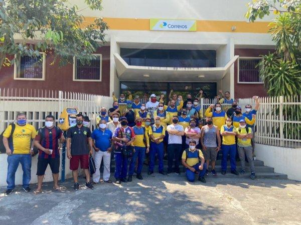 Trabalhadores dos Correios em greve realizam importantes atos contra os ataques do governo